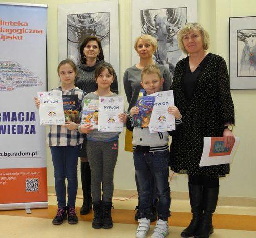 Uczniowie z PSP w Lipsku z opiekunką panią Małgorzatą Gozdur
