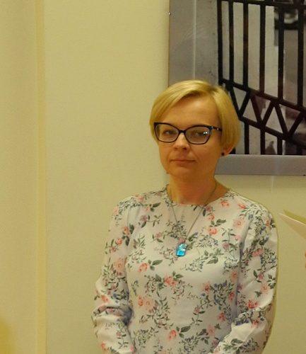 Dr Monika Kresa